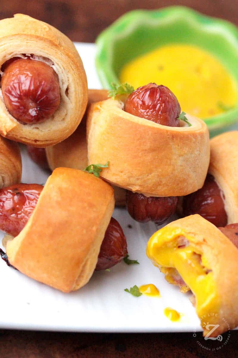 Mini Pigs In A Blanket Crescent Dogs Our Zesty Life