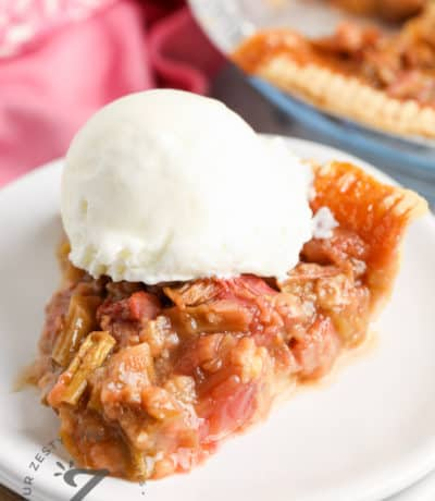 Ginger Rhubarb Pie with a scoop of ice cream