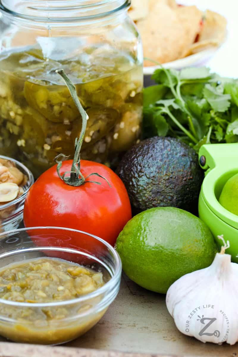 ingredients to make Smoked Tomato Guacamole