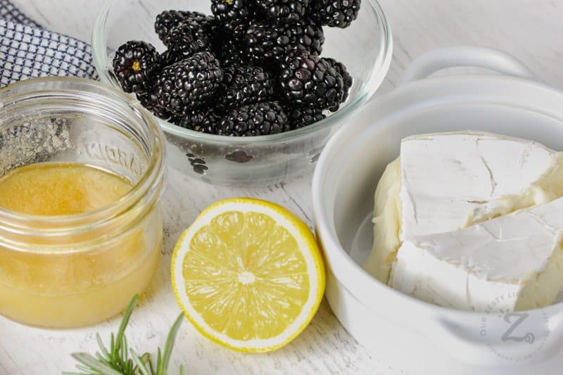 Baked Brie with Berries ingredients