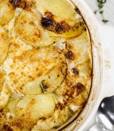 close up of Cheesy Scalloped Potatoes